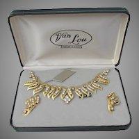 1960's Vintage VAN LOU New York Rhinestone Choker Necklace & Clip Earrings Set in Original Signed Box!