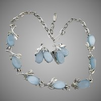 1950's Mid-Century Modern Blue Lucite Silver Tone Thermoset Necklace & Earrings Set