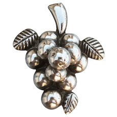 Large Vintage Mexico Sterling Silver Puffy GRAPE Bunch Pin