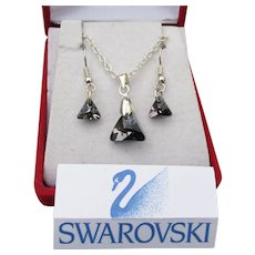 Gray Black Trilliant Swarovski Crystal Necklace Earrings Set, New In Box
