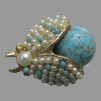 Cute 1960's Vintage Faux Turquoise & Pearl BEE Bug Pin