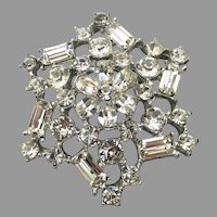 Brilliant UnSigned WEISS 1950's Vintage Rhinestone STAR Pin