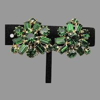 Gorgeous Unsigned WEISS Emerald Green Navette Rhinestone Vintage Clip Earrings