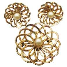 12k Gold Filled 1950's Vintage Faux Pearl Pin & Earrings Set