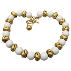 Anne Klein 1980's Vintage White & Twisted Gold Tone Bead Chunky Toggle Necklace