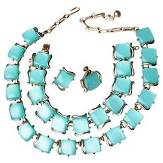 Signed CORO 1950's Vintage Thermoset Turquoise Lucite Necklace, Bracelet, Earrings Set