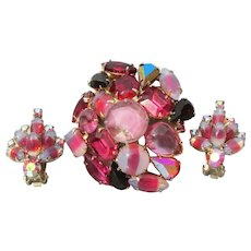 Unsigned WEISS Vintage Red Givre Glass Large Rhinestone Pin & Earrings Set