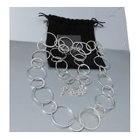 Joan RIVERS Vintage Long Silver Tone Circles Link Necklace, Mint in Pouch!