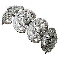 CORO Pegasus Vintage Wide Link Textured Silver Tone Bracelet