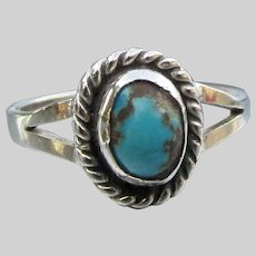 Pretty Vintage Southwestern Sterling Silver & Turquoise Ring, Size 7