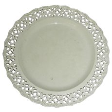 "8"" English Creamware Plate w/ Shell and Pierced Edge, c. 1800"