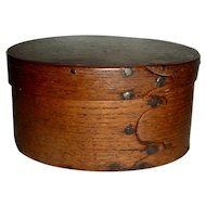 """Very Early 4 ½"""" 3 Finger Oval Box, c. 1800"""
