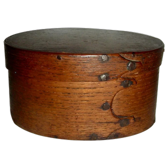 "Very Early 4 ½"" 3 Finger Oval Box, c. 1800"