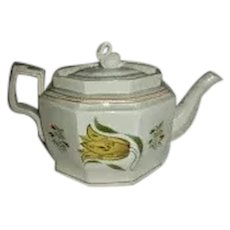 English Pearlware Teapot w/ Tulips, c. 1820