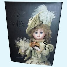 Theriaults Dolls in Motion Book 1850-1915 with Prices Realized and CD Mint Unused Condition!