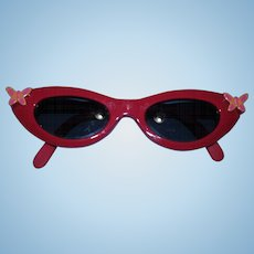 Attractive vintage Sunglasses with butterfly appliques for your playpal dolls!