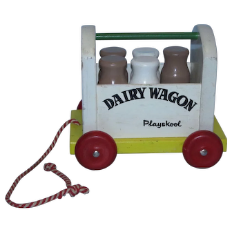 Vintage 1960's Playskool Wood Dairy Wagon with Milk Bottles on Wheels with Pull String!