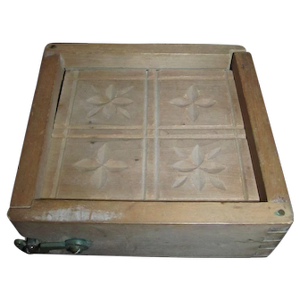 Antique Primitive Wood Butter Mold with Flower Design and 2 Latches!