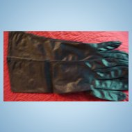 "100% Nylon Made in U.S.A.Van Raalte Size 7 Vintage Ladies'  15"" Black Gloves"