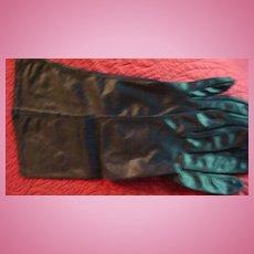"""100% Nylon Made in U.S.A.Van Raalte Size 7 Vintage Ladies'  15"""" Black Gloves"""