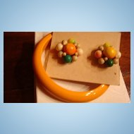 Cool Lucite and Wood Bracelet and Flower Earring Set Japan KY Estate