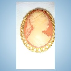 "2"" Oval Vintage Cameo Brooch Pendant Gold Tone Filigree Reticulated Bezel Set Frame"
