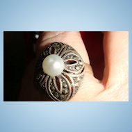 Size 9.5 Sterling Silver, Cultured Pearl & Marcasite Ring Domed Flower KY