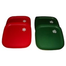 4 Like New Vintage Tupperware Christmas Luncheon Plates Snowflake and : The Loft Antiques | Ruby Lane