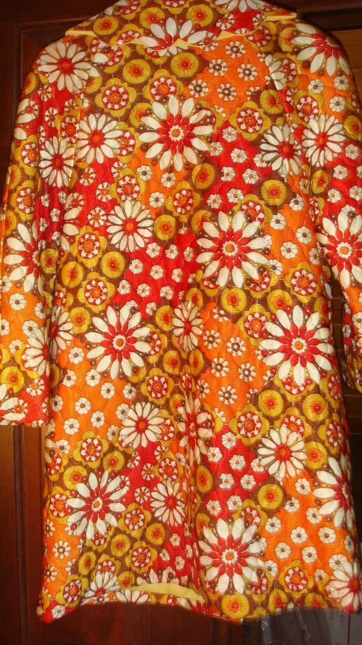 1960 S Rhapsody By Glazier Quilted Robe Or Bed Jacket Bold
