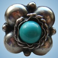Size 9 Silver Flowerette and Turquoise Cabochon Ring