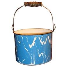 Large Blue White Swirl Graniteware Bucket Wooden Bale Handle Columbian Early 1900s