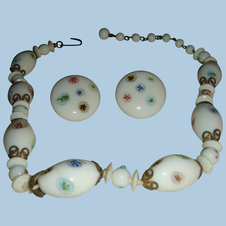 An Painted Gl Beads Decorative