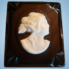 Bakelite Brooch High Relief White Cameo