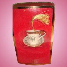 Lenox Holiday Pattern Vintage Teacup Tea Cup Ornament Gold Tassel Original Box