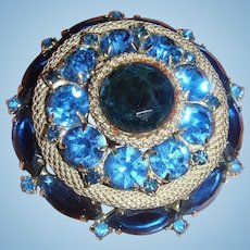 Sapphire Blue Rhinestone  and Silver Mesh Brooch Unsigned Weiss