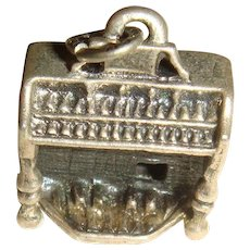 1967 Beaucraft Sterling Silver Upright  Organ Keyboard Charm Souvenir or Award