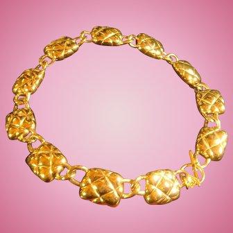 Chunky Anne Klein Diamond Back Pattern 11 Links Toggle Necklace