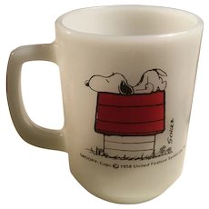 Anchor Hocking Fire King Snoopy I Think I'm Allergic to Morning Mug, Schulz, Doghouse
