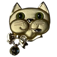 Large Figural Articulated Cat Brooch Dangling Bell Lucite Eyes Satin and Shiny Gold Tone