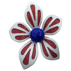 Patriotic Red Enameled Metal Flower Brooch White Overlay Bright Blue Button Center Pin