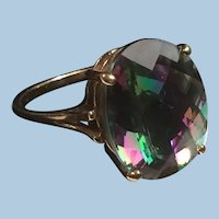 10 Karat Yellow Gold Large Color Changing Stone Mystic Topaz Solitaire.