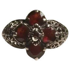 Sterling Silver Filigree Diamond Shaped Garnet Setting Ring Crosses Hearts KY Estate