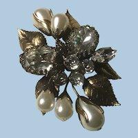 Gorgeous Regency Brooch Crystal Rhinestones, Faux Pearl Flowers, Gold Leaves
