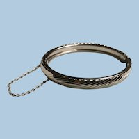 Whiting and Davis Silver Tone Hinged Oval Bangle Bracelet with Safety Etched Design