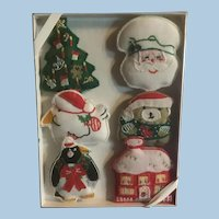 NOS Vintage Boxed Cloth Christmas Magnets Tree, Mrs. Santa, Bear, House, Penguin, Duck