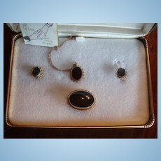 Van Dell Gold Filled Parure New in Presentation Box: Necklace, Brooch Earrings Papers