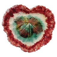 Circa 1890 Majolica Begonia Leaf dish in Excellent Condition