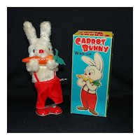 Japanese Windup Carrot Bunny with Box
