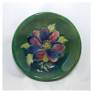 Moorcroft dish – anemone with green background