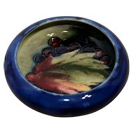 Small Moorcroft Bowl Berries and Leaf